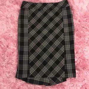 EUC Express Plaid Pencil Skirt